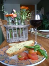 würziger Brot-Kräuter-Fladen der Zweite - Rezept