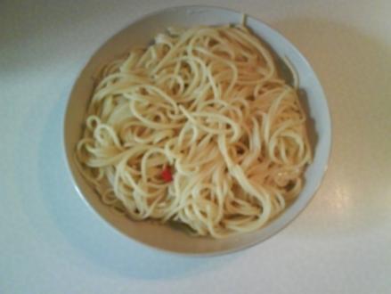 Nudeln: Spaghettis mit Knoblauch und Chili - Rezept