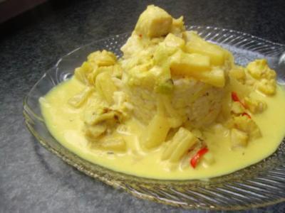 Fisch Curry mit Ananas, Frühlingszwiebeln und Chili - Rezept