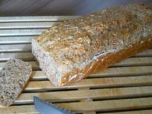 Brot --- Schnelles Dinkelbrot - Rezept