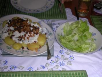 Heurige Kartoffeln auf ungarische Art - Rezept