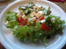 Salat mit Feta - Rezept