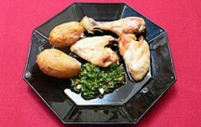 """Knoblauchhühnchen """"Pollo al ajo y aceite con papas arrugadas y mojo verde"""" - Rezept"""