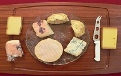 Käseplatte - Formaggio misto in cesto - Rezept
