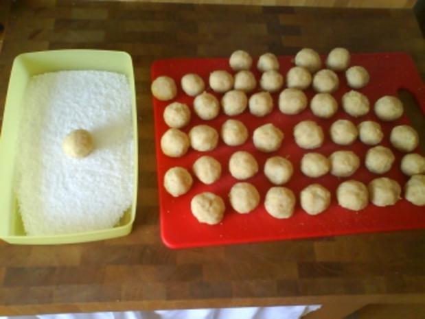 Kokos-Ananas-Bällchen - Rezept - Bild Nr. 3