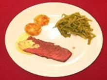 Entrecôte mit Kartoffelplätzchen, Gemüse und Sauce Bernaise - Rezept