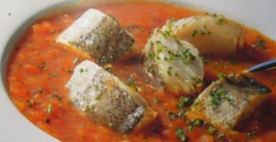 Suppe --- vom Seehecht mit Tomaten - Rezept