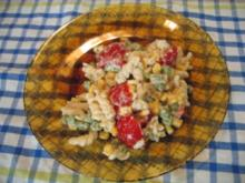 Nudelsalat mit Tomaten - Rezept