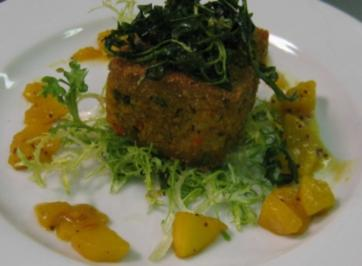 Gemüse Tikka - Indische Frikadelle mit Apfelchutney auf grünem Mix - Rezept