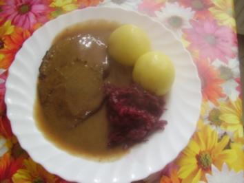 Rindslende  mit Rotkraut und Klößen - Rezept