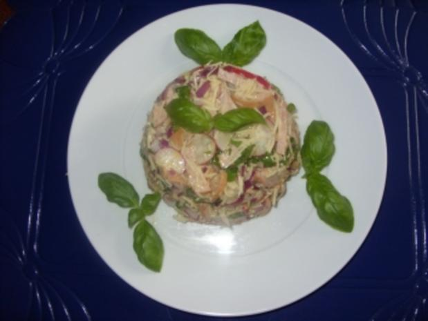 Einfacher Wurstsalat schön angerichtet - Rezept - Bild Nr. 2