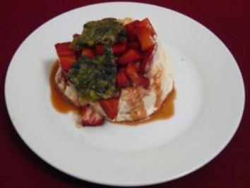 Balsamico-Erdbeeren an Baiser - Rezept