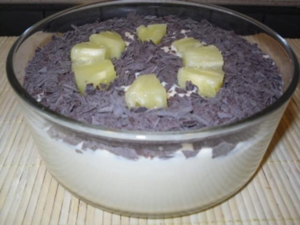 Ananas-Pudding mit Schokoraspeln - Rezept