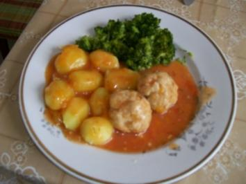 Hackbällchen in pikanter Tomatensose - Rezept