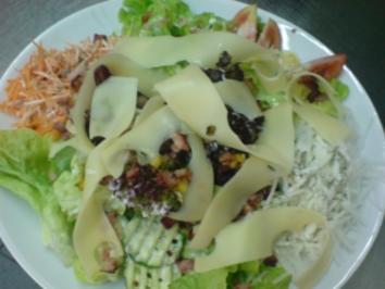 """Salat """"Bunter Salatteller mit Käse und Schinkenwürfeln"""" - Rezept"""