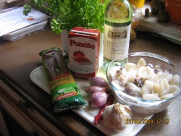 Spaghetti  mit Tomaten-Calamari-Soße - Rezept - Bild Nr. 2