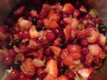 """Marmelade """"Rote Beeren"""" mit ordentlich """"Schuss"""" - Rezept"""