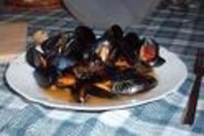 Miesmuscheln auf apulische Art (peppata di cozze) - Rezept