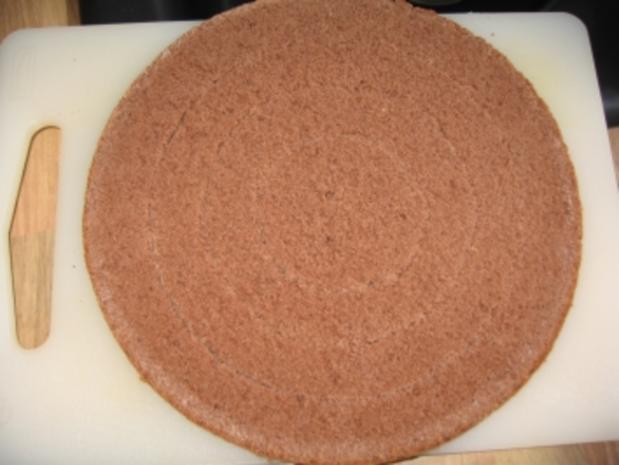 Erdbeer-Schachbrett-Torte - Rezept - Bild Nr. 4