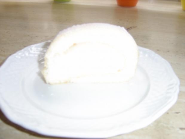 Biskuit-Zitronen-Rolle - Rezept - Bild Nr. 4