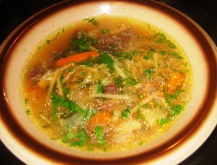 Suppe: Rindfleischsuppe a la Mama - Rezept