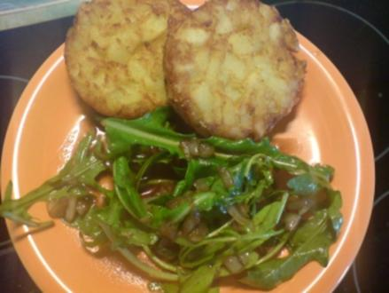 """Salat """"Rucola mit Balsamico-Sauce und karamellisierten Zwiebeln"""" - Rezept"""