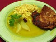 Hühnerschnitzel in Cantuccinipanade an Birnen-Gewürzragout - Rezept