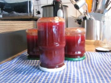 """MARMELADE"" Erdbeer-Marmelade mit Schoko-Schuss - Rezept"