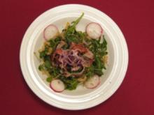 Rucola-Brunnenkresse-Salat mit ummanteltem Ziegenkäse - Rezept