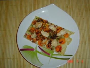 Möhrchen-Flammkuchen mit gebratener Maispoulardenbrust - Rezept