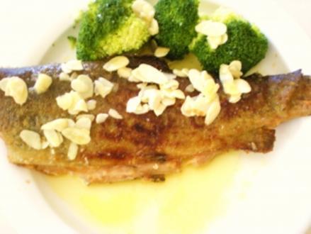 FISCH: Forelle gebraten mit Mandelbutter - Rezept