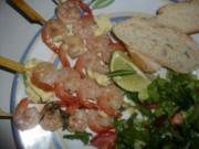 Scampispieße mit Limettenbutter und grünem Salat - Rezept