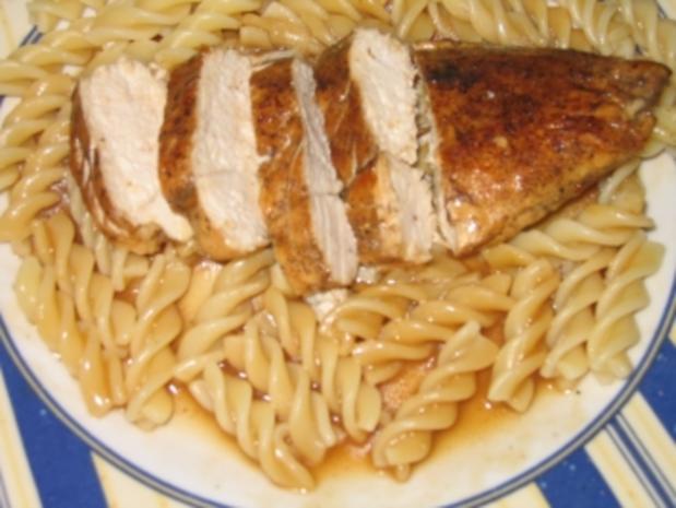 Hauptgericht: Hähnchenbrustfilet, Geflügelsoße mit Spirelli und Tomatensalat - Rezept - Bild Nr. 9