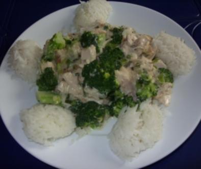 Linda´s Hühnerfrikasee mit Broccoli und Basmatireis - Rezept