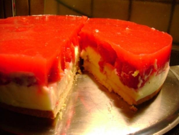 Kuchen: Erdbeertorte mit Pudding-Frischkäse - Rezept - Bild Nr. 2