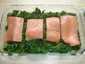 Lachs auf Blattspinat - Rezept