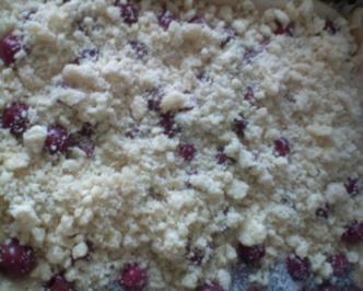 Rezept: Kirsch-Streuselkuchen auf Hefeteig