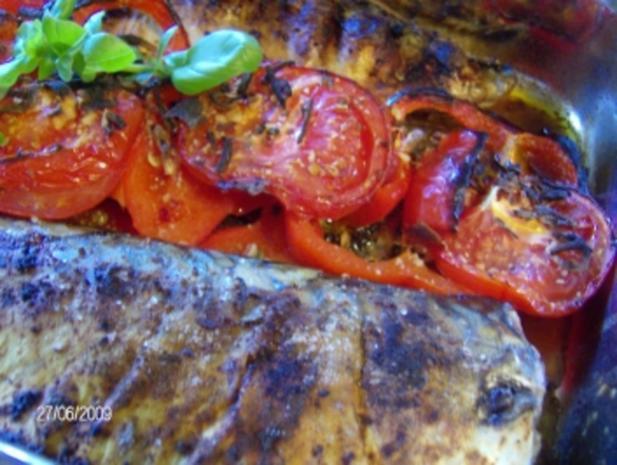 Makrele im Ofen gegrillt mit Paprika-Tomaten-Beilage - Rezept - Bild Nr. 6