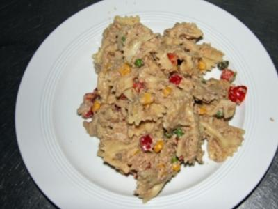 Nudelsalat mit Thunfisch-Kaperncreme - Rezept