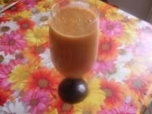 Aprikosen-Bananen-Apfel-Drink - Rezept
