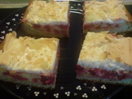 Saftiger Johannisbeer-Blechkuchen - Rezept