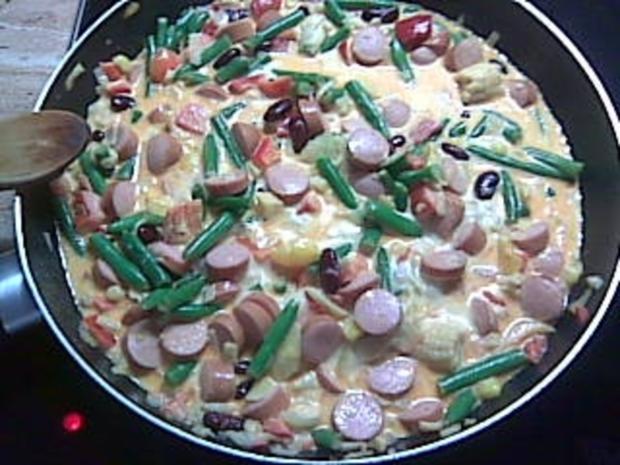 Gemüsepfanne mit Sahne und Wiener-Würstchen - Rezept - Bild Nr. 3