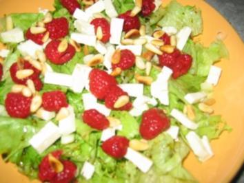 Gartensalat mit Käse und Himbeeren - Rezept