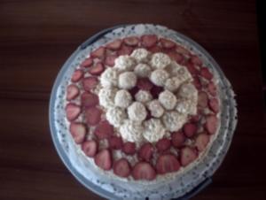 Torten: Raffaello-Erdbeer-Torte - Rezept