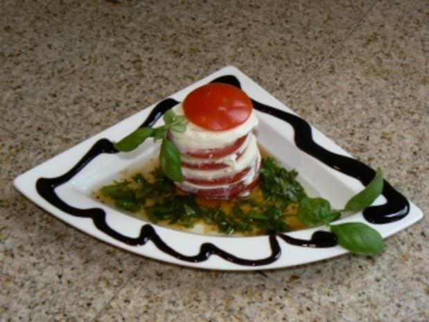 Tomate Mozzarella Salat mal anders - Rezept