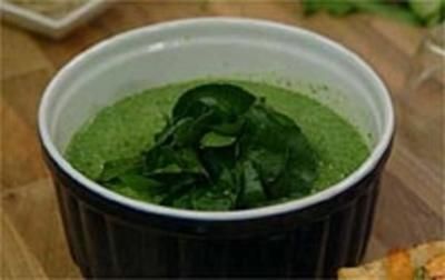 Geeiste Brunnenkresse-Gurkensuppe - Rezept