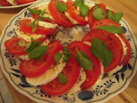 Tomaten- und Mozzarella mit Balsamico Creme - Rezept