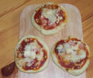 Pizzabrötchen - Rezept