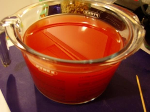 Tomatengelee, ergibt 6 Gläser a 450ml (das 6te große Glas ist schon bei Mutti) - Rezept - Bild Nr. 3