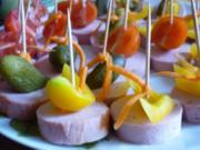 Leberkäsemedaillons mit Mixed Pickles - Rezept